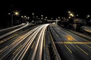System soll E-Autos während der Fahrt laden