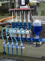 Hoch präzises Dosieren mit Balluff MICROmote® Optosensoren