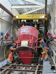 GIS Elektrokettenzüge im Einsatz beim Bau der steilsten Standseilbahn
