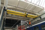 Smarter GIS Zweiträger-Obergurtlaufkran für den Unterhalt von RV-Zügen